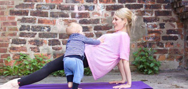 Rückbildungs-Yoga (mit Baby)